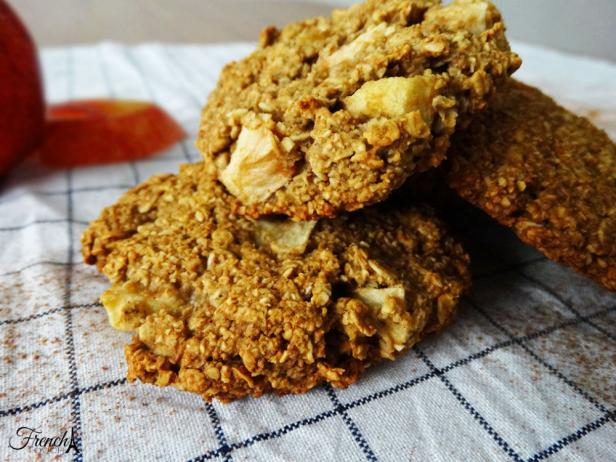 apple pie oat cookies